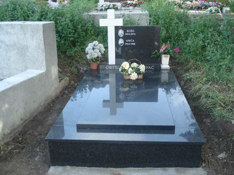 grobnica-3